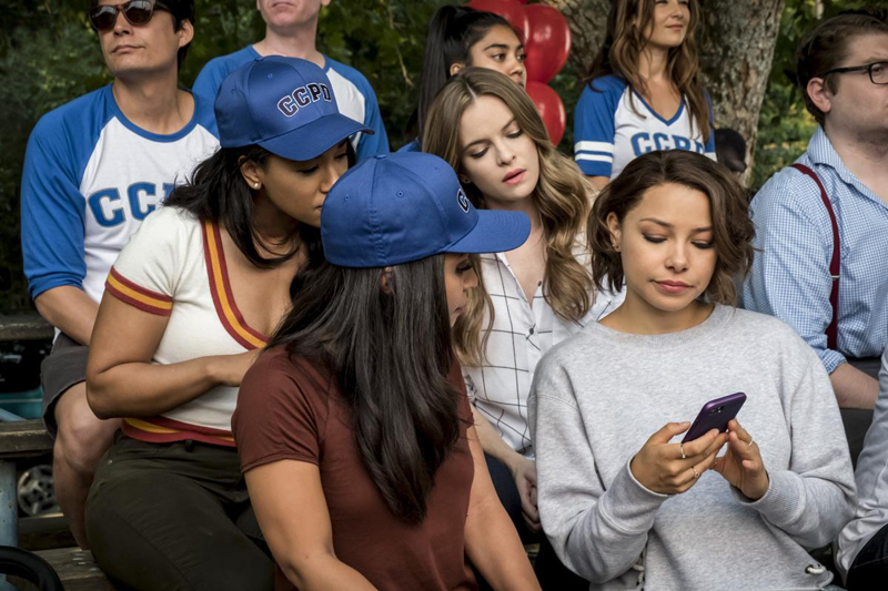 Bild Candice Patton, Danielle Nicolet, Danielle Panabaker, Jessica Parker Kennedy