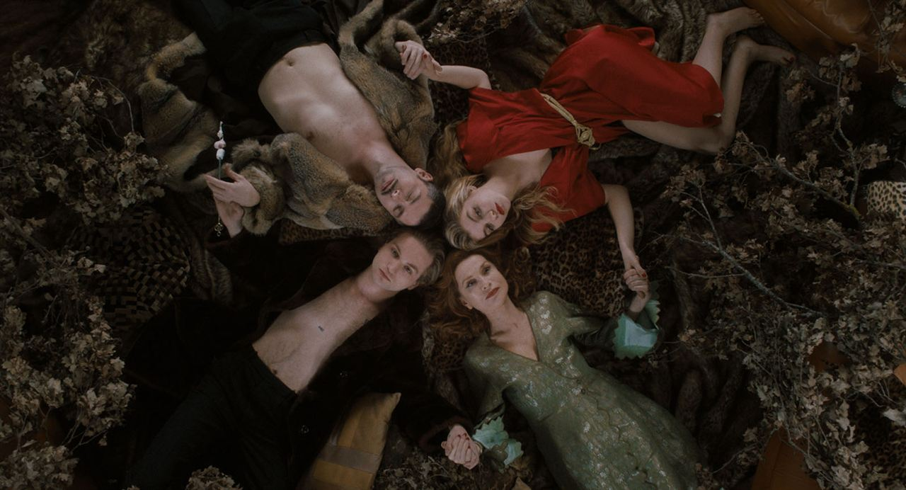 Bild Galatea Bellugi, Isabelle Huppert, Lukas Ionesco, Melvil Poupaud