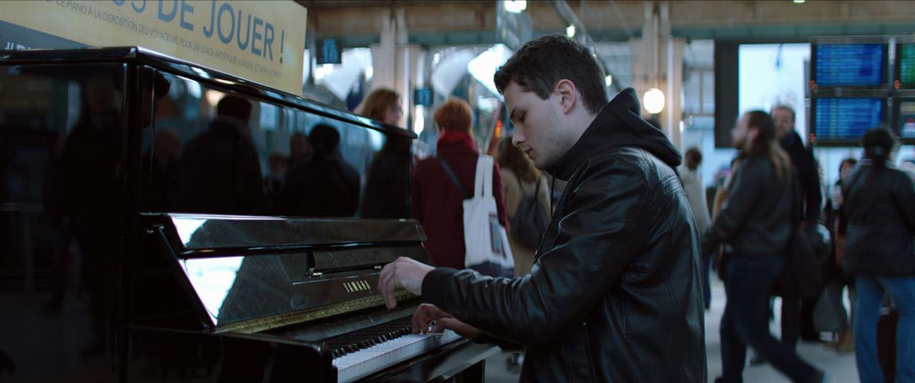 Der Klavierspieler vom Gare du Nord: Jules Benchetrit
