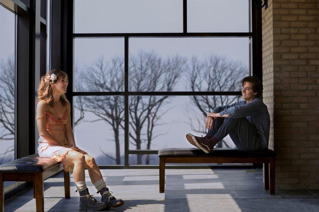 Drei Schritte zu dir : Bild Cole Sprouse, Haley Lu Richardson