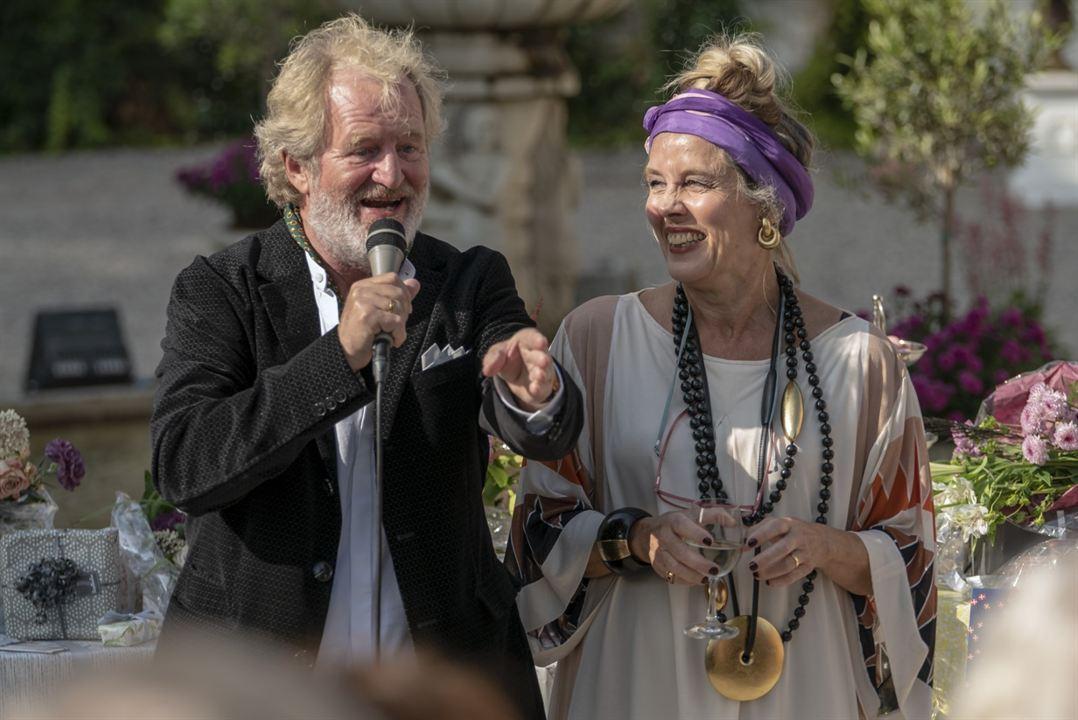 Happy Ending - 70 ist das neue 70 : Bild Claus Flygare, Marianne Høgsbro
