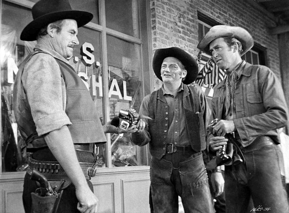 Winchester '73 : Bild James Stewart, Millard Mitchell, Will Geer
