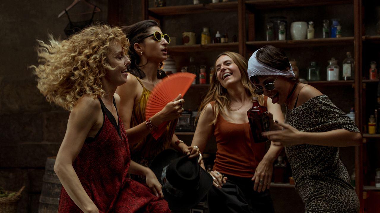 Bild Alba Flores, Esther Acebo, Itziar Ituño, Úrsula Corberó