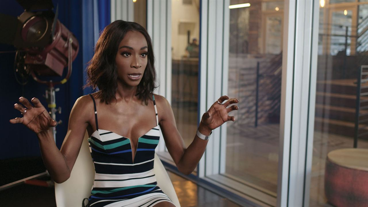 Queering the Script : Bild Angelica Ross