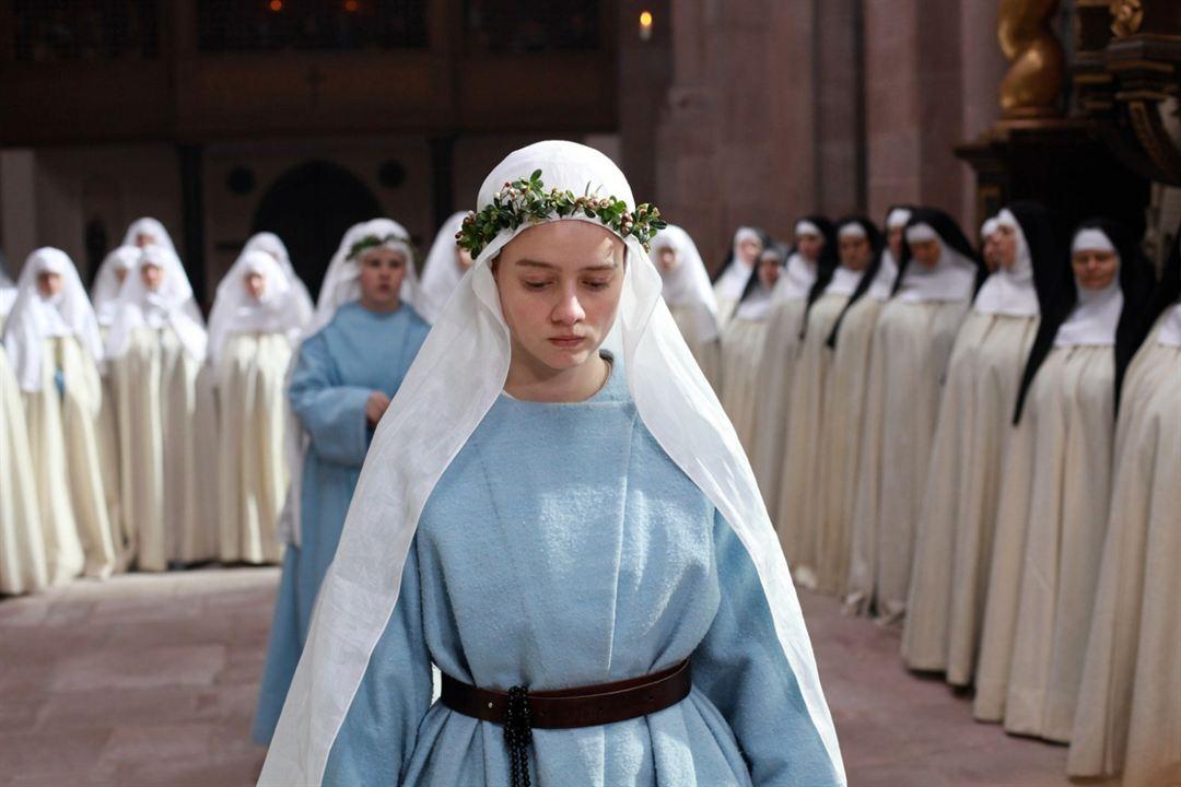 Die Nonne : Bild Pauline Etienne