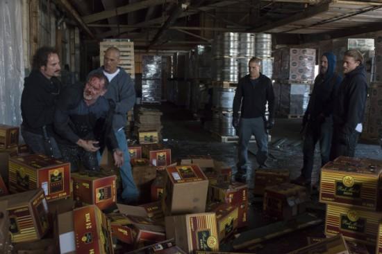 Bild Charlie Hunnam, David Labrava, Kim Coates, Scott Anderson, Theo Rossi