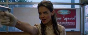 """Katie Holmes als Racheengel mit Knarre: Erster Trailer zu """"Miss Meadows"""""""