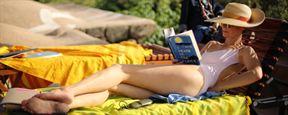 """""""A Bigger Splash"""": Sommer, Sonne und Erotik im deutschen Trailer zum Drama mit Tilda Swinton und Dakota Johnson"""