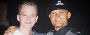 "20 Jahre ""Starship Troopers"": Casper Van Dien postet private Setfotos mit Denise Richards, Neil Patrick Harris und Co."