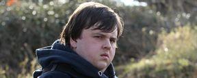 """Deutscher Trailer zu """"Fighting Games"""": """"Game Of Thrones""""-Star John Bradley hetzt verzweifelte Menschen in tödlichen Kämpfen aufeinander"""