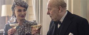 """FILMSTARTS-Interview mit Kristin Scott Thomas zu """"Die dunkelste Stunde"""": Gary Oldman als Churchill? Eine seltsame Wahl!"""