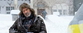 """Trailer zu """"Kalte Füße"""": Verwechslungskomödie im Schneechaos"""