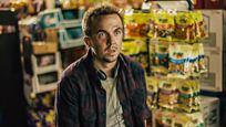 """Malcolm ist wieder mittendrin: Trailer zum Horrorfilm """"The Black String"""" mit Sitcom-Star Frankie Muniz"""