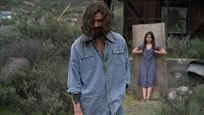 """Deutscher Trailer zu """"Charlie Says"""": Charles Manson verführt zum Morden"""