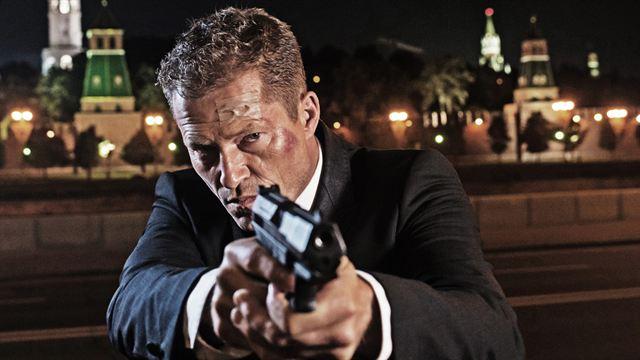 """""""Run Of The Hitman"""": Til Schweiger, Bruce Willis und Scott Adkins kloppen sich durch Action-Thriller"""