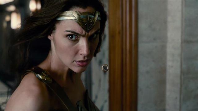 Justice League Trailer (4) OV