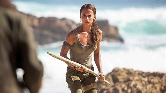 Tomb Raider Trailer DF