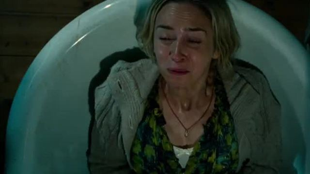 A Quiet Place Trailer (3) DF
