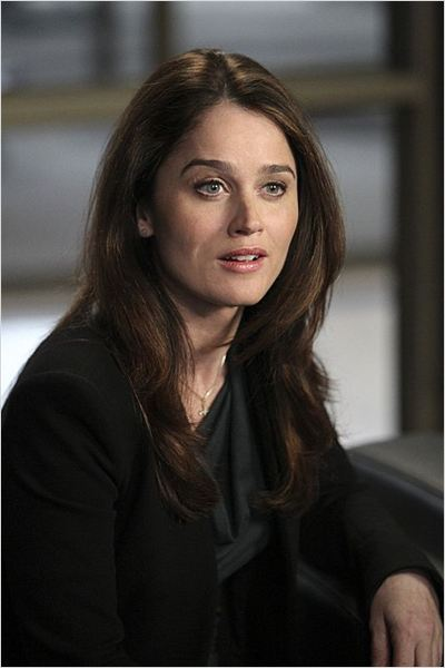Pics Photos  Jane And Robin Tunney Stars As Agent Teresa Lisbon In