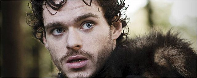 """Game of Thrones""-Star Richard Madden wird in ""Cinderella"" zum Märchenprinz"