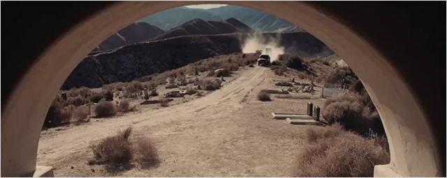 "Erster Trailer zum Gangster-Drama ""Broken Horses"" – das James Cameron und Alfonso Cuarón begeistert"