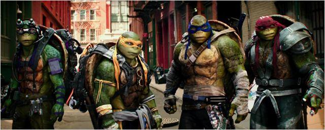 "Cowabunga: Erster Trailer zu ""Teenage Mutant Ninja Turtles 2"" mit Megan Fox und ""Arrow""-Star Stephen Amell"