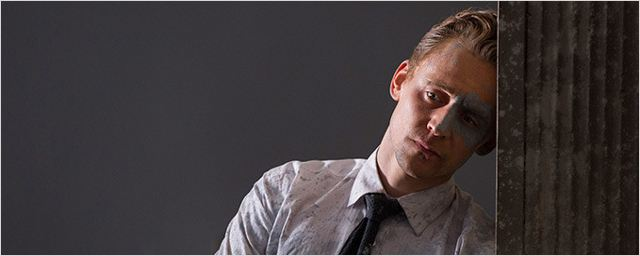 """High-Rise"": Neuer Trailer zum Dystopie-Thriller mit Tom Hiddleston und Jeremy Irons"