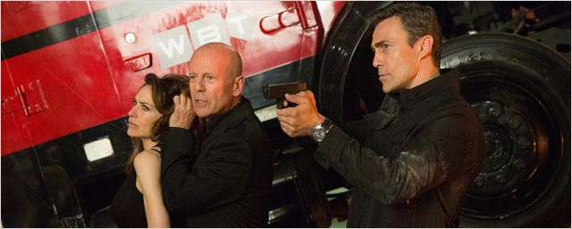 """Precious Cargo"": Deutsche Trailerpremiere zum Action-Thriller mit Bruce Willis als Gangsterboss"