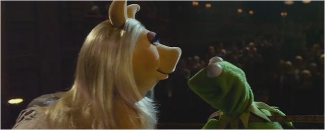 """""""Fifty Shades of Muppets"""": Im lustigen Mashup-Trailer will Miss Piggy von Kermit verhauen werden"""