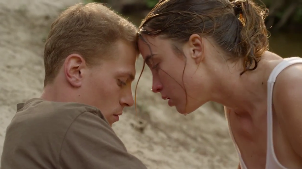 Liebe auf den ersten Schlag Trailer (3) OV - FILMSTARTS.de
