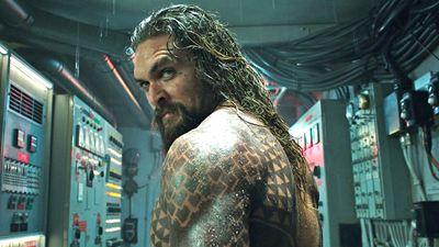 """""""Aquaman 2"""": Jason Momoa zeigt sein neues Kostüm im heißerwarteten DC-Sequel"""