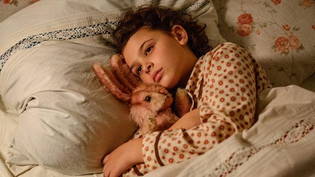 """Als Hitler das rosa Kaninchen stahl"": Der Trailer zur neuen Verfilmung der berühmten Flüchtlingsgeschichte"