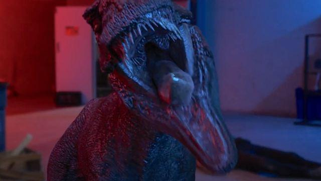 """Wer braucht da noch """"Jurassic World 3""""?! Trailer zur Trash-Granate """"Triassic Hunt"""" von den """"Sharknado""""-Machern"""