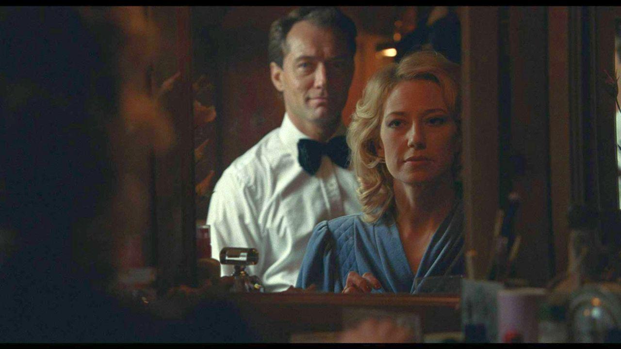 """Der Trailer zu """"The Nest"""" ist genauso verstörend wie Sean Durkins Sekten-Thriller """"Martha Marcy May Marlene"""""""