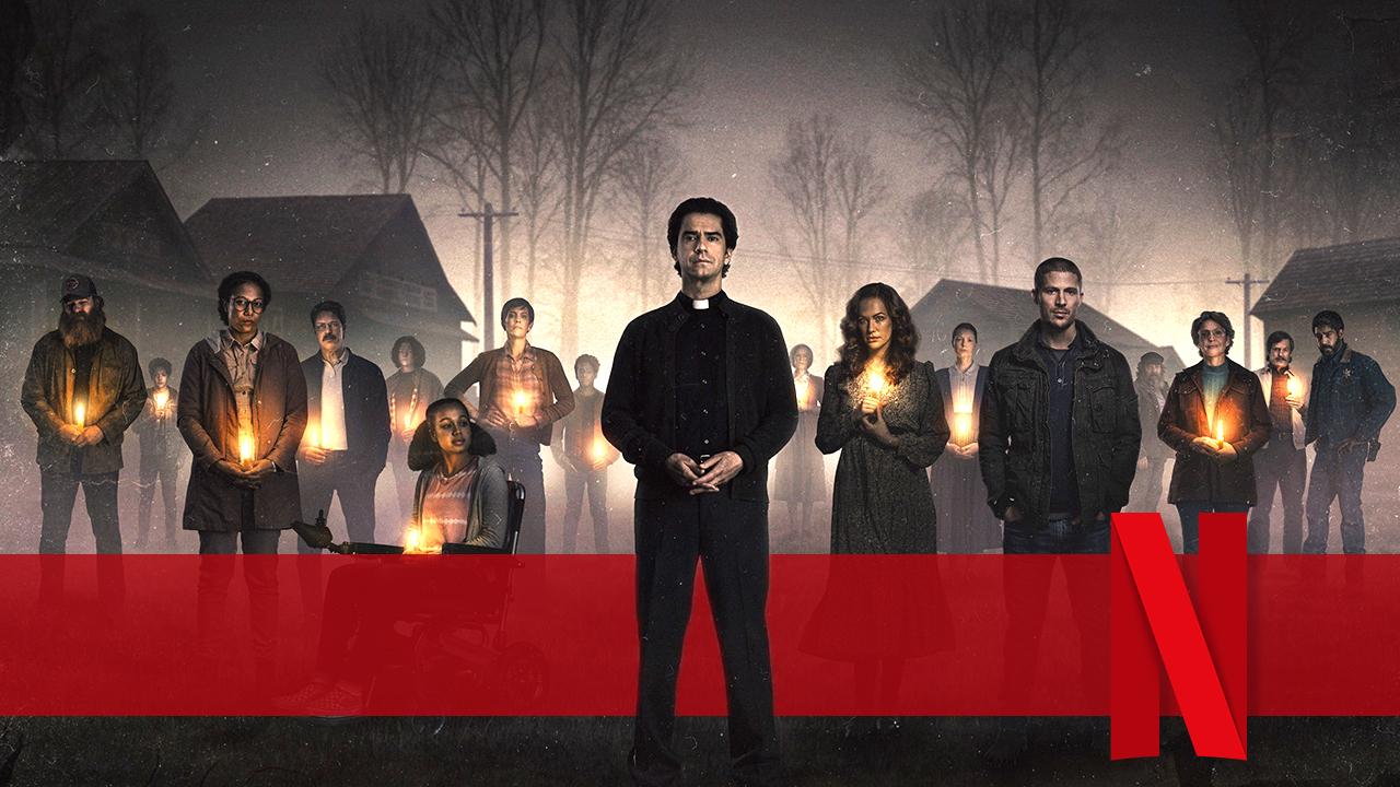 """Die neue Netflix-Horror-Serie des """"Midnight Mass""""-Machers wird blutiger denn je: Das ist """"The Fall Of The House Of Usher"""""""