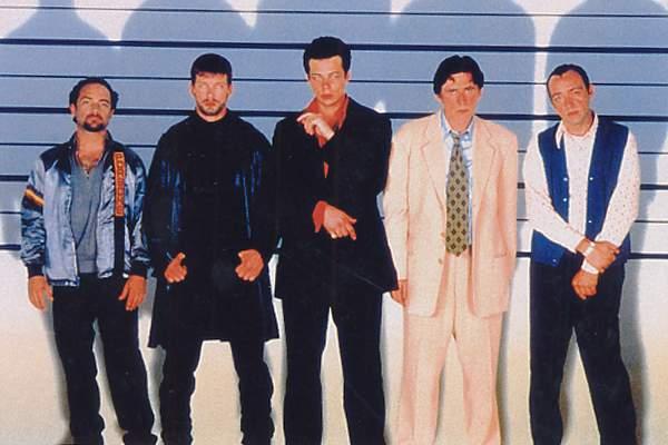 Die üblichen Verdächtigen: Gabriel Byrne, Kevin Spacey, Kevin Pollak, Stephen Baldwin, Benicio Del Toro