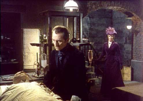 Frankenstein muss sterben! : Bild Peter Cushing, Terence Fisher
