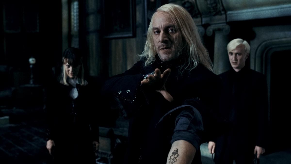 Harry Potter und die Heiligtümer des Todes - Teil 1 : Bild Helen McCrory, Jason Isaacs, Tom Felton