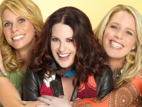 Bild Cheryl Hines, Jessica St. Clair, Megan Mullally