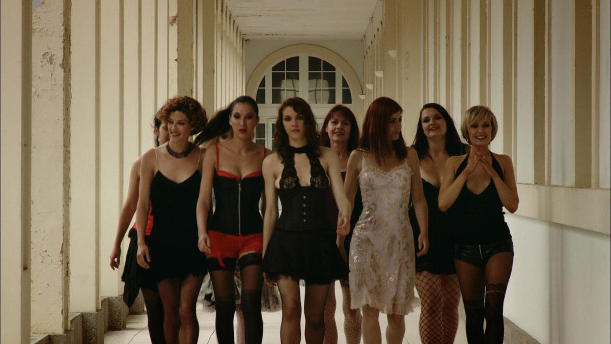 Bild von Q - Sexual Desire - Bild 12 auf 19 - FILMSTARTS.de