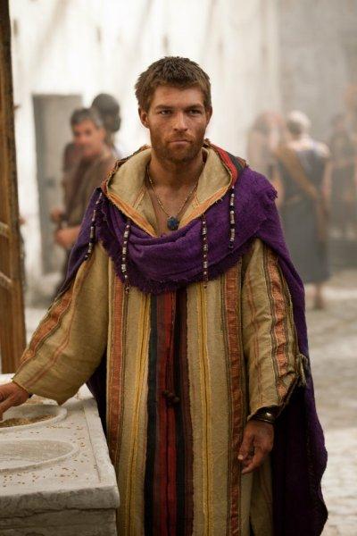 Spartacus: Bild Manu Bennett - 19 von 212 - FILMSTARTS.de