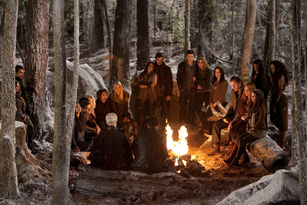Twilight 4.2: Breaking Dawn - Bis(s) zum Ende der Nacht (Teil 2) : Bild Andrea Gabriel, Angela Sarafyan, Christian Camargo, Elizabeth Reaser, Guri Weinberg