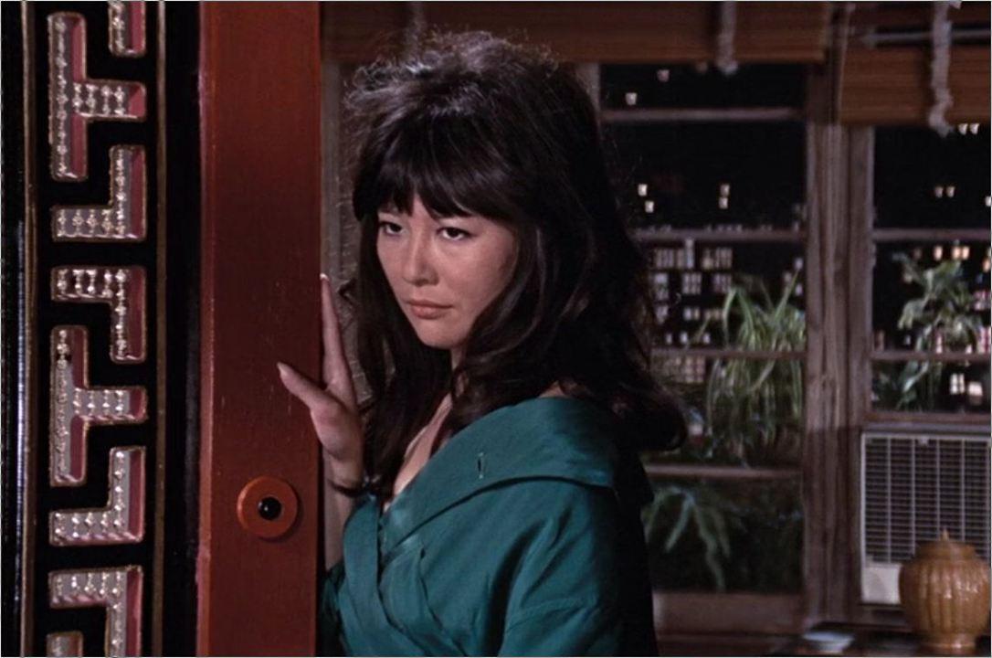 "Ling (Tsai Chin) in ""James Bond 007 - Man lebt nur zweimal"""
