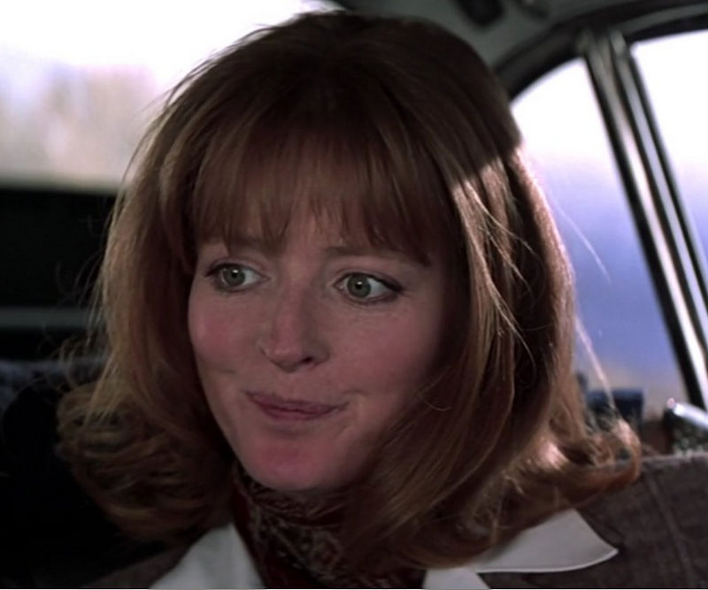 "Caroline (Serena Gordon) in ""James Bond 007 - GoldenEye"""