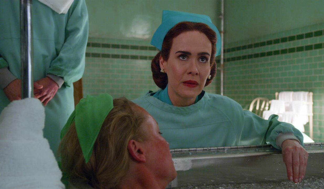 """Sarah Paulson ist """"Ratched"""""""