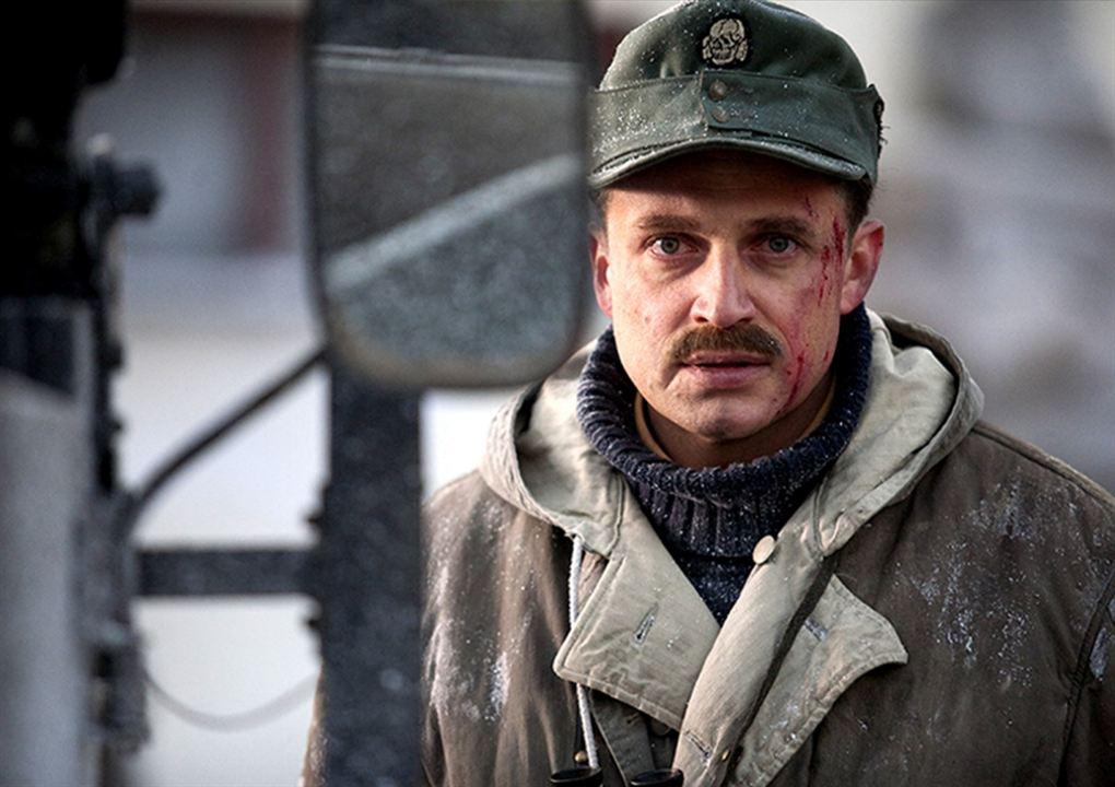 Hans Kloss - Spion zwischen den Fronten: Piotr Adamczyk