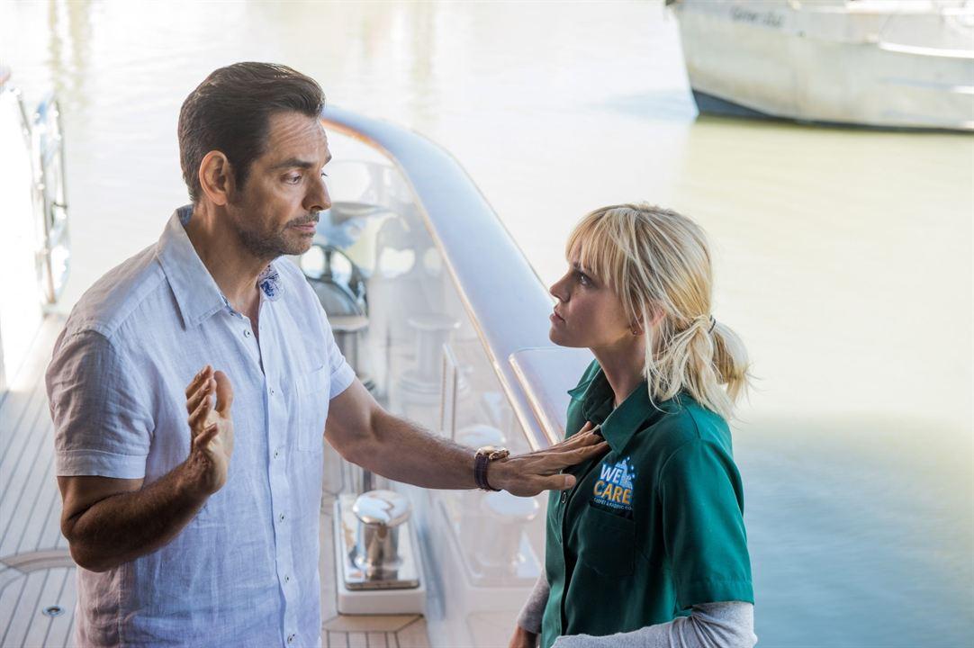 Overboard: Eugenio Derbez, Anna Faris