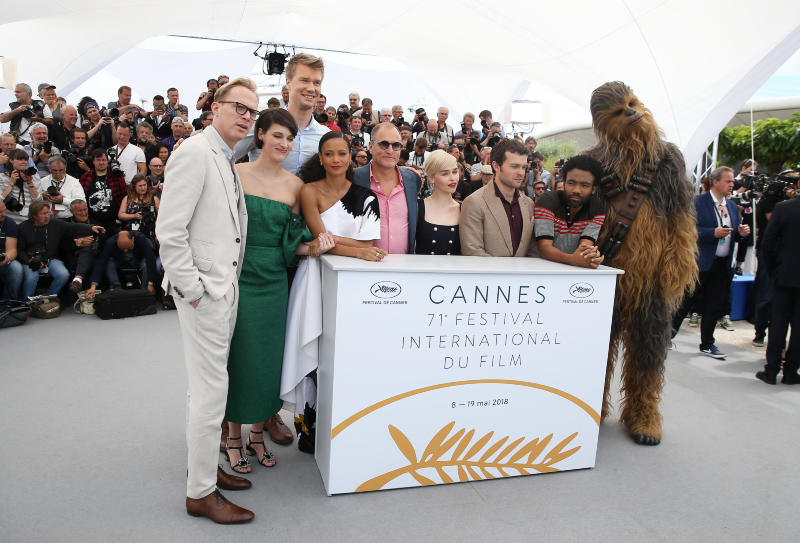 Solo: A Star Wars Story : Vignette (magazine) Alden Ehrenreich, Donald Glover, Emilia Clarke, Joonas Suotamo, Paul Bettany
