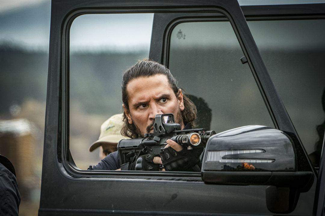 Rambo 5: Last Blood: Sergio Peris-Mencheta, Óscar Jaenada