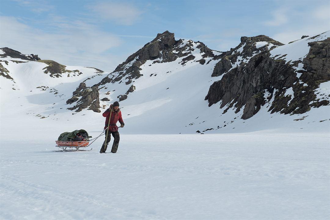 Arctic: Mads Mikkelsen